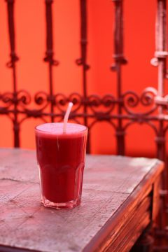 Earth Cafe Marrakech Morocco smoothie