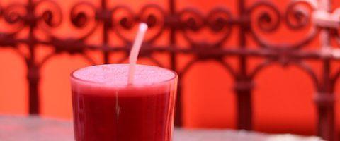 Earth Cafe Marrakech Morocco smoothie