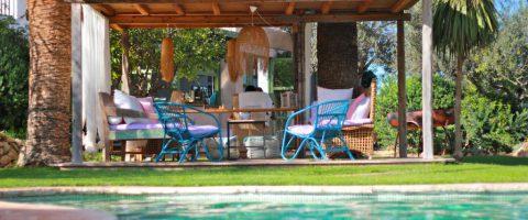 Es Cucons Ibiza rural hotel Santa Agnes