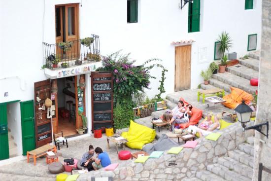 sescalinata ibiza eivissa bar dalt vila