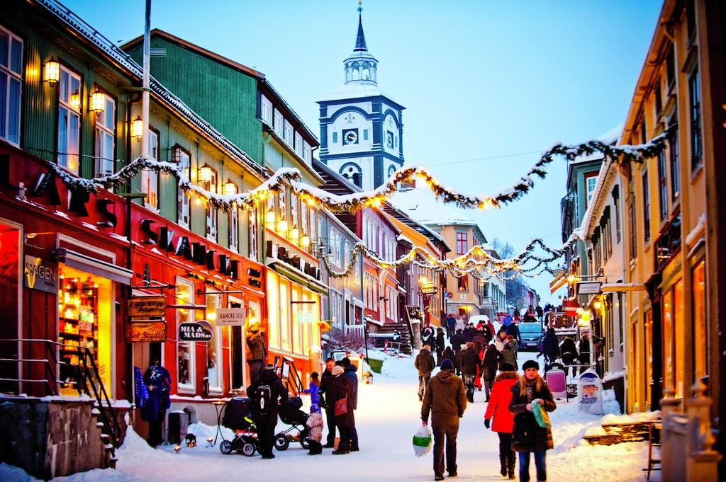 Christmas shopping at Roros 122013 99 0113_1500