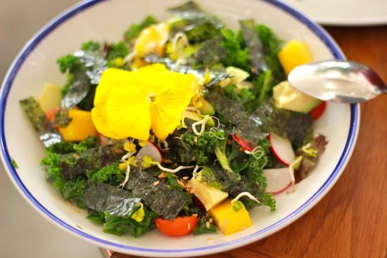 Flax & Kale Barcelona restaurant flexitarian organic vegetarian vegan food organic kale