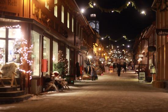 Røros christmas market Trøndelag shopping street Norway