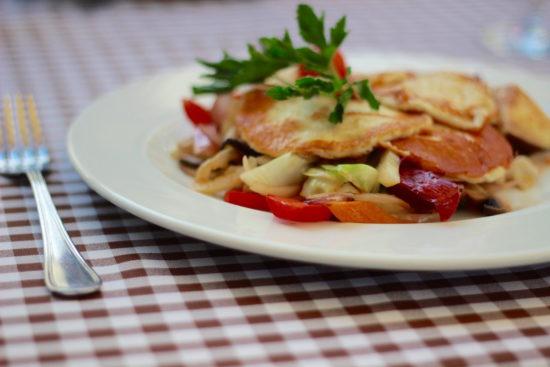 Puszta Hungary Hajdúszoboszló Debrecen travel Gomolya vegetarian dish
