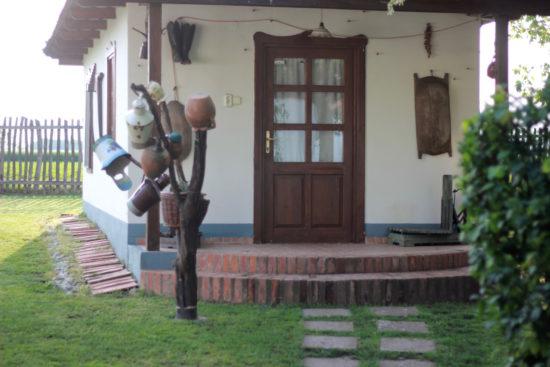 Puszta Hungary Hajdúszoboszló Debrecen travel Tuba Tanya guest house organic ecological farm